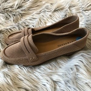 NWOB Lucky Brand Brown Caviep Loafer 7.5